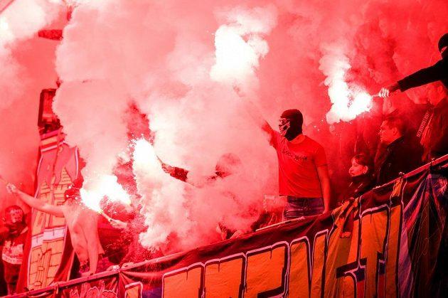 Fanoušci Sparty Praha během utkání s Libercem.
