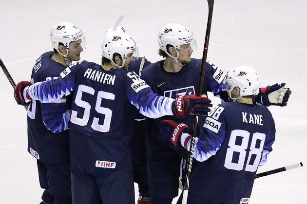 Radost hokejistů USA.