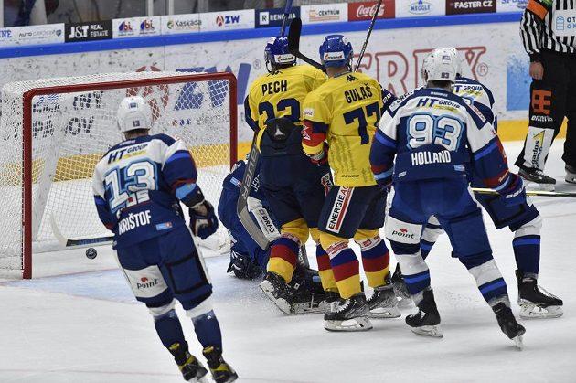 Hokejisté Českých Budějovic měli v úvodu utkání na ledě Komety Brno hodně důvodů k radosti, rychle vedli o dvě branky.