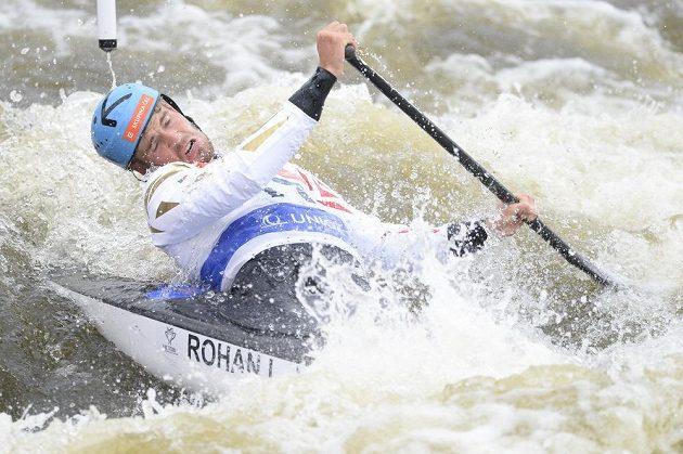 Vítěz závodu SP v Praze kanoistaLukáš Rohan.