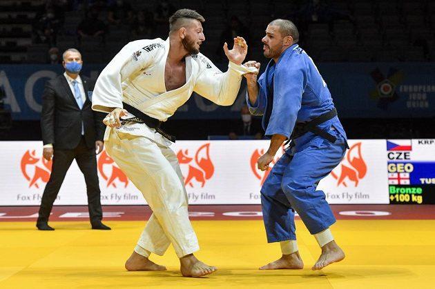 Judista Lukáš Krpálek z ČR (vlevo) a Guram Tušišvili z Gruzie v souboji o bronz na ME v Praze.