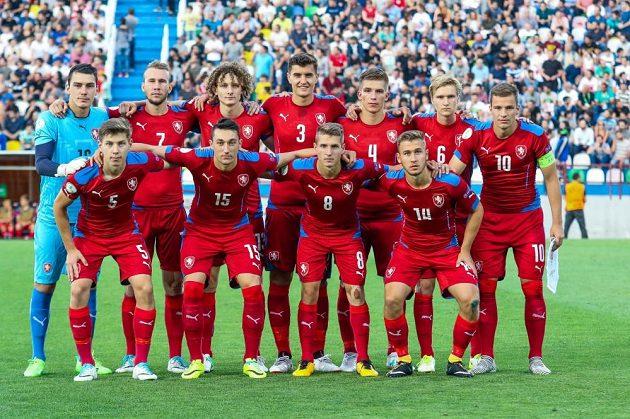 Česká devatenáctka porazila v Tbilisi domácí Gruzii a postoupila do semifinále evropského šampionátu.