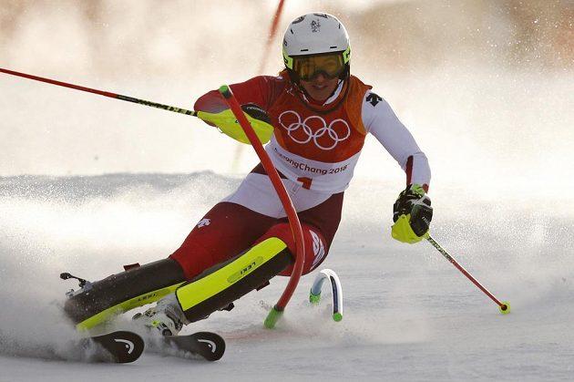 Švýcarka Wendy Holdenerová zajela úvodní kolo olympijského slalomu skvěle.