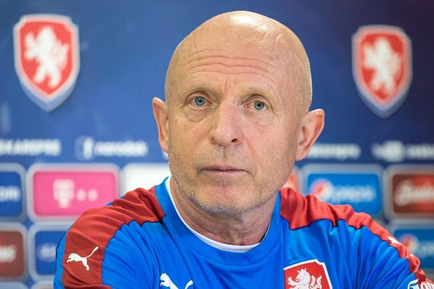 Trenér české fotbalové reprezentace Karel Jarolím.