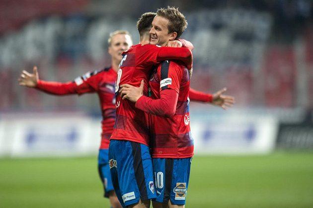 Jan Kopic z Viktorie Plzeň oslavuje gól na 1:0 během utkání s Libercem.
