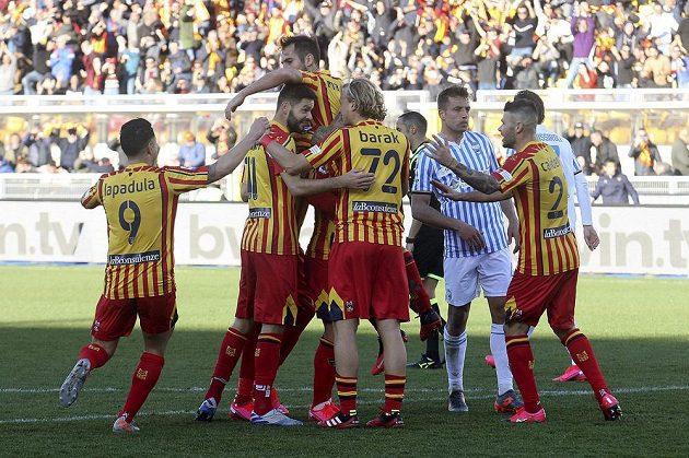 Český fotbalista Antonín Barák slavil i ve třetím utkání v dresu Lecce vítězství.