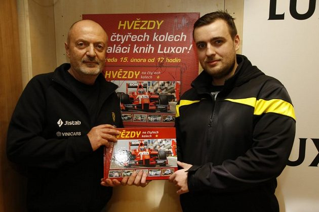 Petr a Lukáš Vojáčkové pokrtili knižku o českých závodnících.