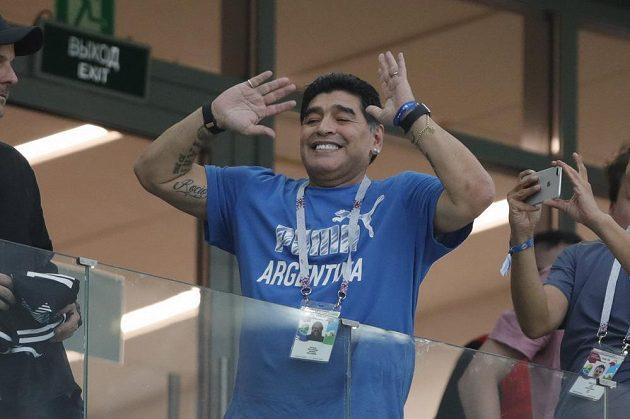 Diego Maradona během duelu Argentina - Chorvatsko na MS.