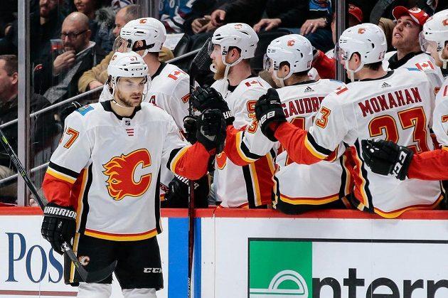 Útočník Calgary Flames Michael Frolík vstřelil jednu z branek Plamenů na ledě Colorada, ale výhru neslavil. Tým Avalanche vyhrál 5:2.