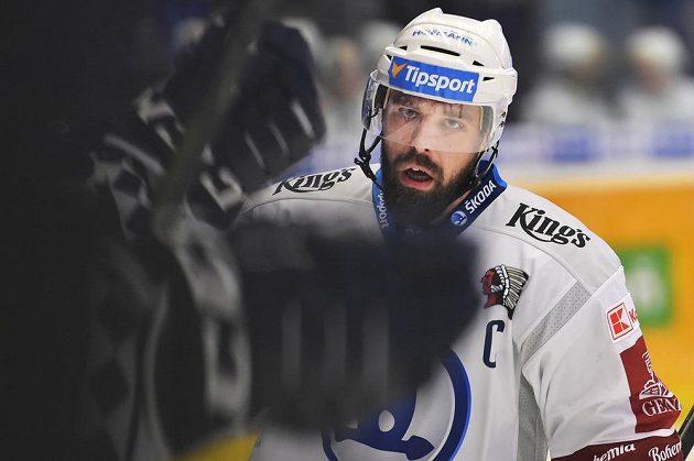 Milan Gulaš z Plzně slaví branku proti Vítkovicím.