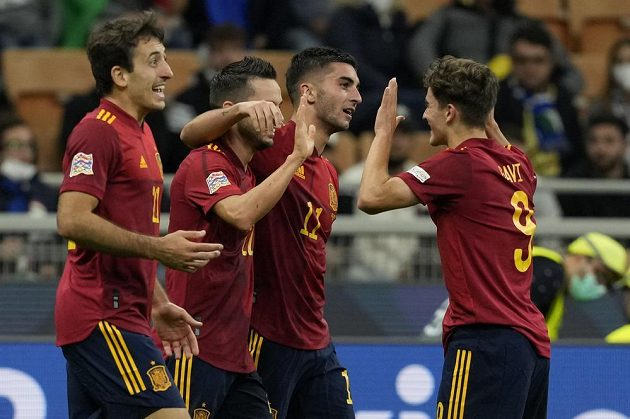 Španělská radost! Fotbalisté Španělska v úvodním semifinále Ligy národů v Miláně porazili úřadující mistry Evropy z Itálie 2:1.