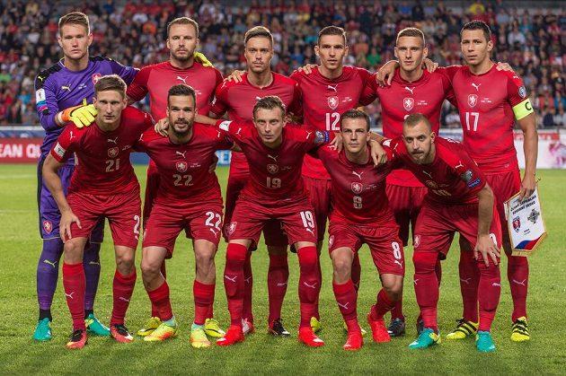 Mužstvo české fotbalové reprezentace před kvalifikačním duelem MS 2018 se Severním Irskem.