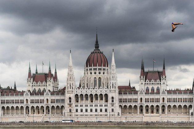 Michal Navrátil v okouzlující kulise maďarské metropole při tréninku na MS.