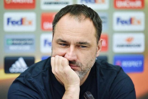Trenér Slovanu Liberec Jindřich Trpišovský na tiskové konferenci před utkáním Evropské ligy s Karabachem.