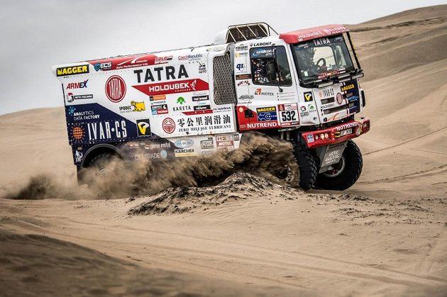 Tatra Martina Šoltyse během závěrečného testování před zahájením Rallye Dakar.