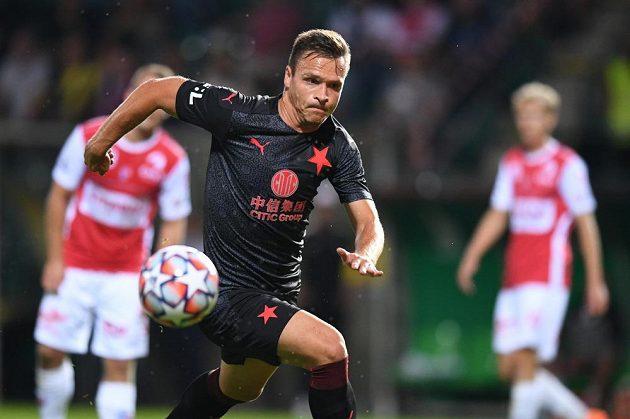 Útočník Slavie Stanislav Tecl během utkání 3. kola Fortuna ligy proti FK Pardubice.