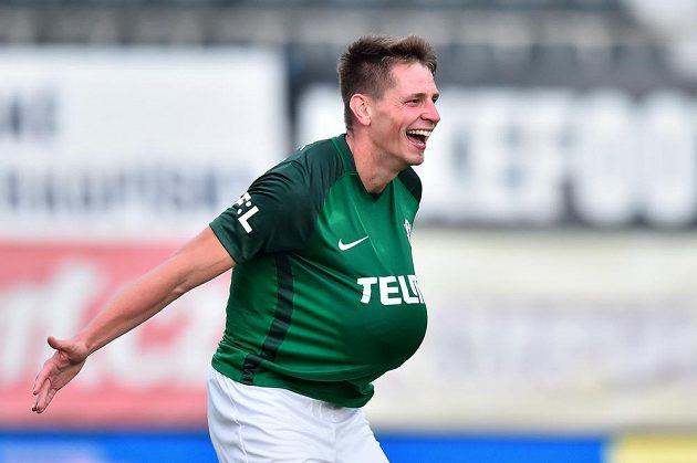 Lukáš Masopust z Jablonce slaví druhý gól v utkání 11. kola se Slováckem .