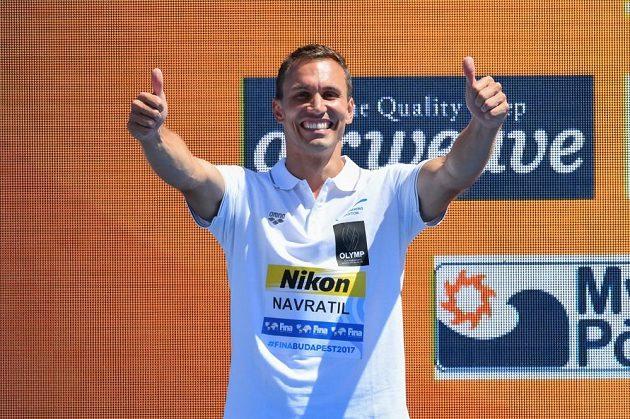 Český reprezentant Michal Navrátil získal na mistrovství světa v Budapešti stříbrnou medaili v extrémních skocích do vody.