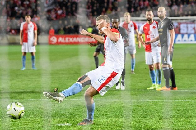Tomáš Souček ze Slavie Praha proti Baníku Ostrava penaltu neproměnil.
