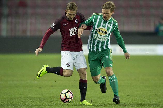Poslední zápas za Spartu. Zleva Bořek Dočkal a Michal Hubínek z Bohemians.