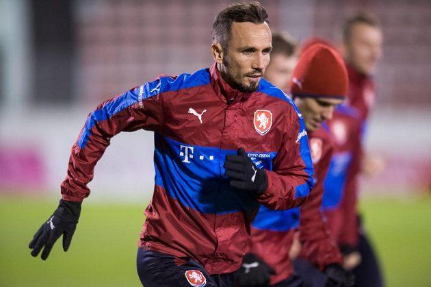 Tomáš Sivok během tréninku fotbalové reprezentace před zápasy s Norskem a Dánskem v Praze.