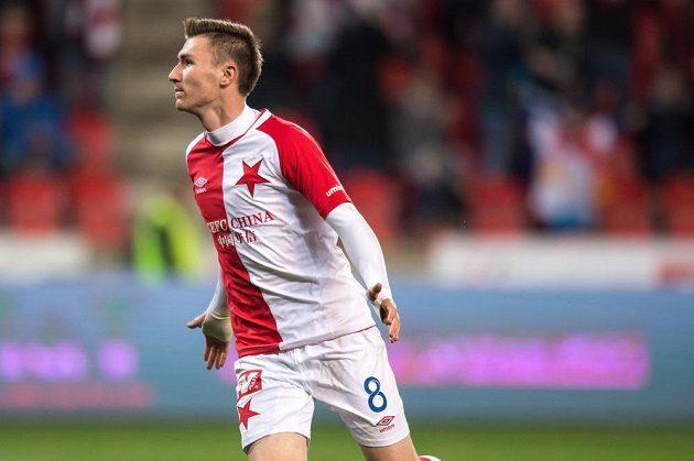 Jaromír Zmrhal ze Slavie Praha oslavuje gól proti Slovácku.
