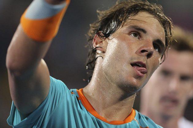 Španělský tenista Rafael Nadal po porážce od Andyho Murrayho na exhibici v Abú Zabí.