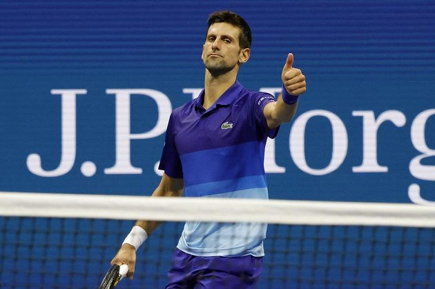 Srbský tenista Novak Djokovič dokáže pochválit soupeře. Na US Open ztratil s domácím s domácím Jensonem Brooksbym set, další tři ale ovládl a od zisku kalendářního grandslamu ho dělí tři výhry.