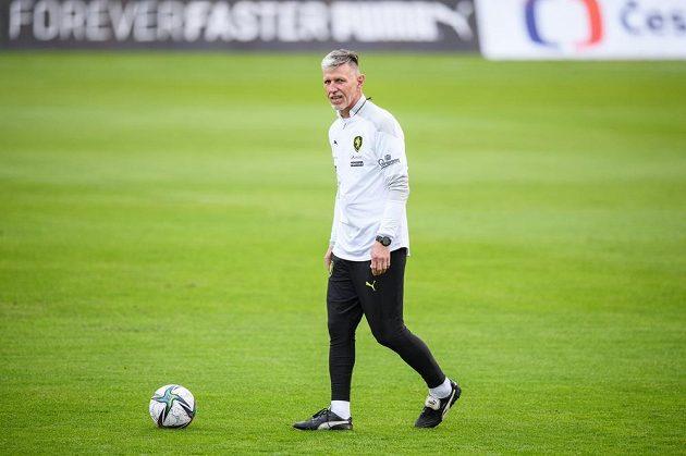 Trenér fotbalové reprezentace Jaroslav Šilhavý během tréninku reprezentace před zápasy kvalifikace MS 2022 s Walesem a Běloruskem.