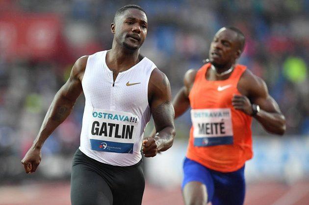 Americký sprinter Justin Gatlin po triumfu na Zlaté tretře.
