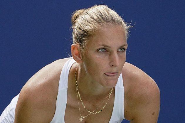 Tenistka Karolína Plíšková zvládla na grandslamu pojedenadvacáté v řadě úvodní kolo. Turnajová čtyřka letošního US Open si v New Yorku poradila s domácí Catherine McNallyovou.