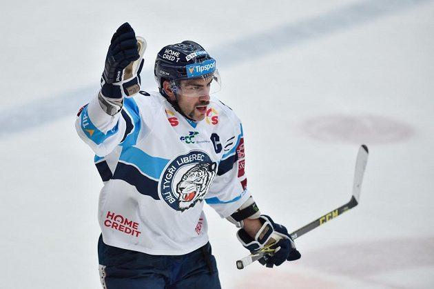Autor vítězného gólu Petr Jelínek z Liberce.