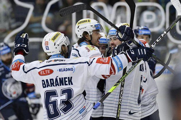 Hráči Kladna se radují z gólu Jaromíra Jágra.