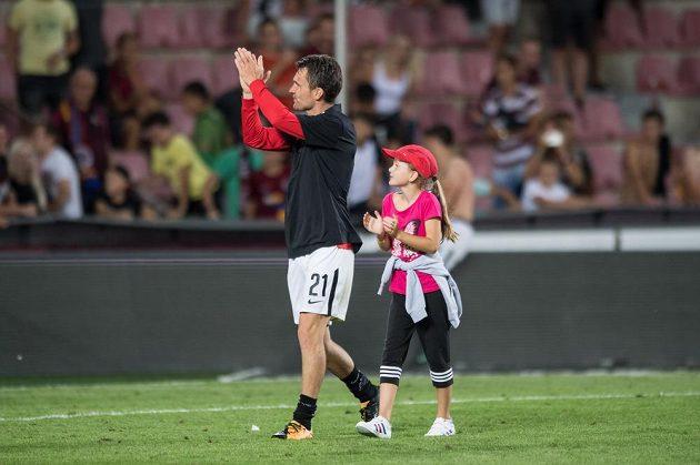 David Lafata s dcerou Vandou po utkání se Slováckem.