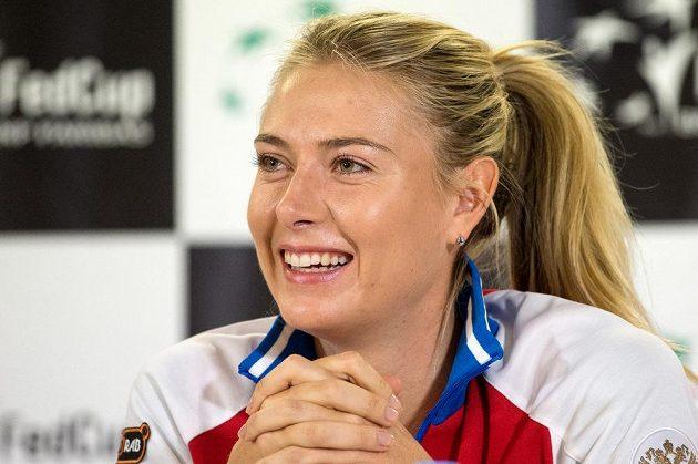 Ruská tenistka Maria Šarapovová během tiskové konference před finále Fed Cupu v Praze.