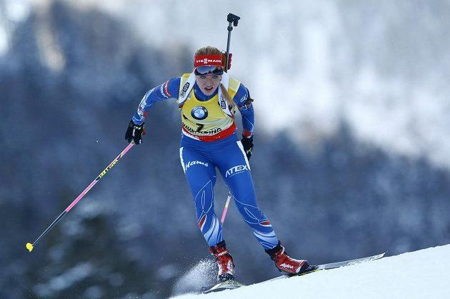 Gabriela Soukalová na trati vytrvalostního závodu na 15 km v německém Ruhpoldingu.
