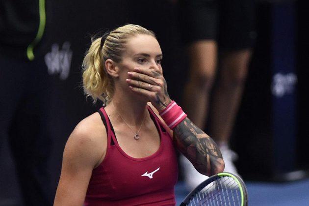 Tereza Martincová krátce po skončení zápasu, jako by ani nemohla uvěřit tomu, že porazila Anastasiji Pavljučenkovovou z Ruska.