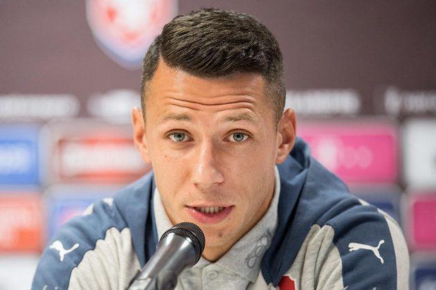 Marek Suchý během tiskové konference před utkáním s Německem.