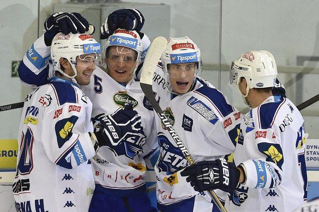 Radost brněnských hokejistů (zleva) Hynek Zohorna, Tomáš Vondráček, Petr Mrázek a Petr Kuboš.