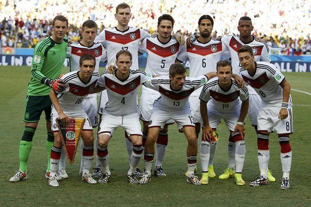 Sestava Německa pro zápas s Ghanou.