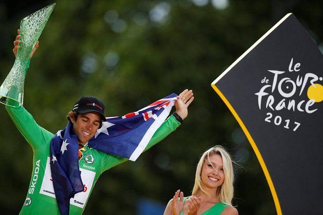Australan Michael Matthews se raduje ze zisku zeleného trikotu v cíli Tour de France.