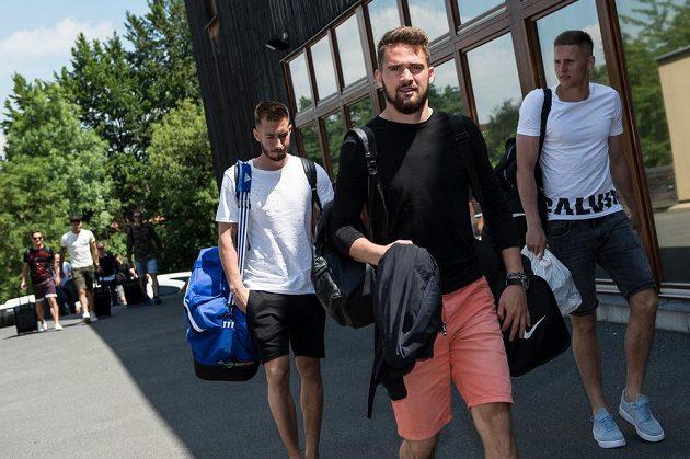 Brankář Patrik Macej přichází na sraz reprezentace do 21 let před nadcházejícím ME v Polsku.