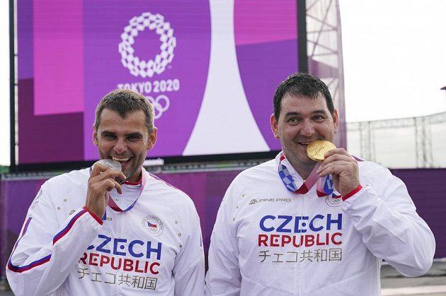 Historický český triumf! Zlatý Jiří Lipták (vpravo) a stříbrný David Kostelecký.