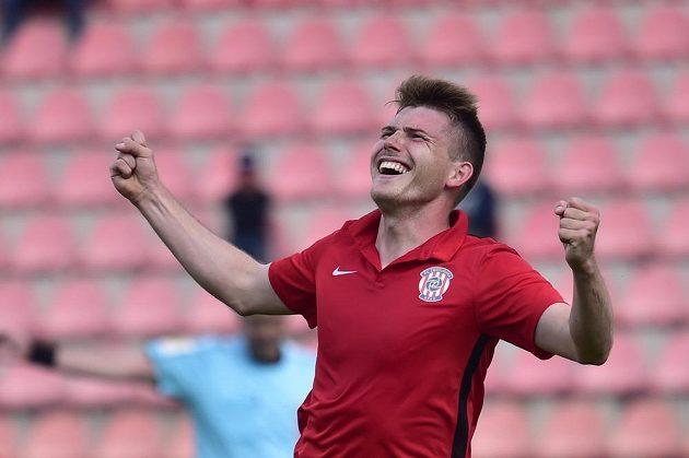 Milan Lutonský z Brna se raduje z gólu. Zbrojovka vyhrála na půdě Příbrami 3.2.