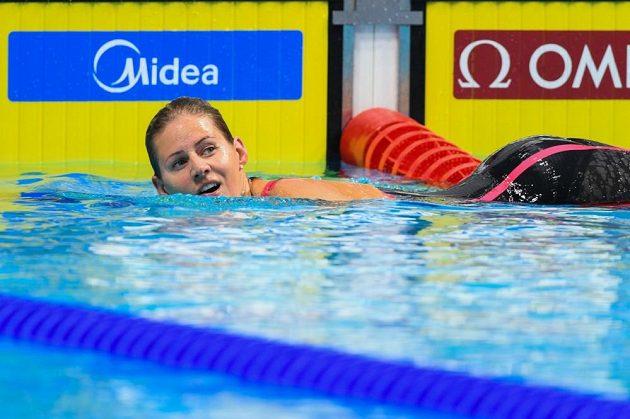 Plavkyně Martina Moravčíková po úspěšném boji o semifinále MS na 200 metrů prsa.