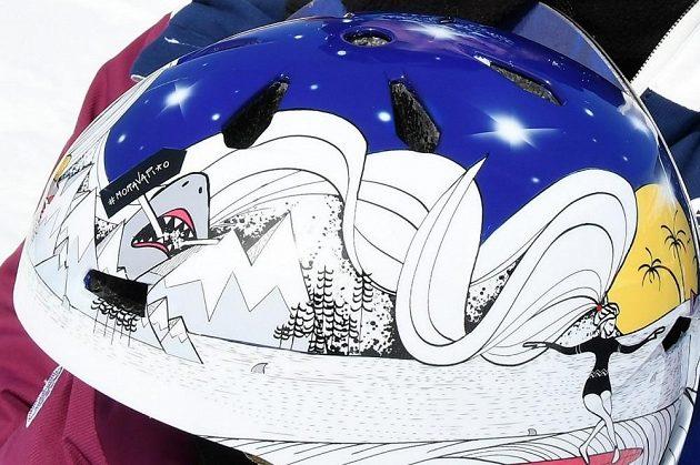 S touto helmou bude Šárka Pančochová závodit na ZOH v Pchjongčchangu.