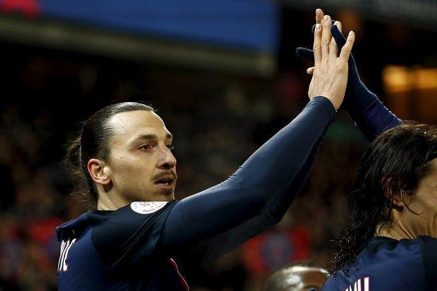 Zlatan Ibrahimovic slaví vstřelený gól.