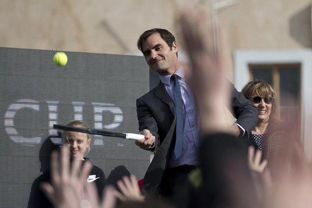 Švýcarský tenista Roger Federer přijel do Prahy propagovat zářijový Laver Cup.