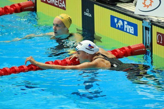 Kraulařka Barbora Seemanová na MS v cíli závodu na 200m.