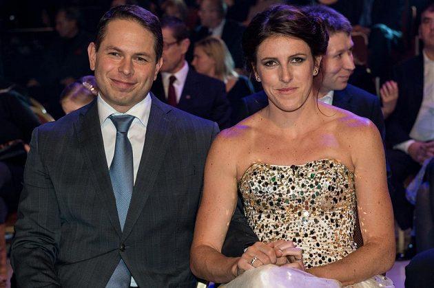 Zuzana Hejnová s partnerem během vyhlášení novinářské ankety Sportovec roku 2015.